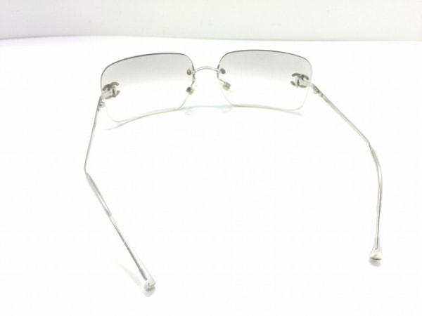 シャネル サングラス 4017-D グレー×アイボリー×シルバー プラスチック×金属素材