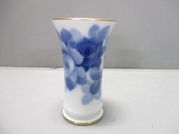 okura china(大倉陶園)(オオクラチャイナ) 小物新品同様  白×ブルー 花瓶/花柄 陶器
