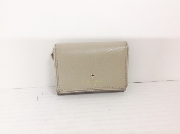 ケイトスペード パスケース PWRU4665 グレーベージュ キーリング付き レザー