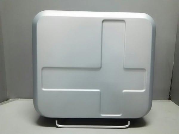 イノベーター キャリーバッグ美品  シルバー×ブルー TSAロック ポリカーボネート