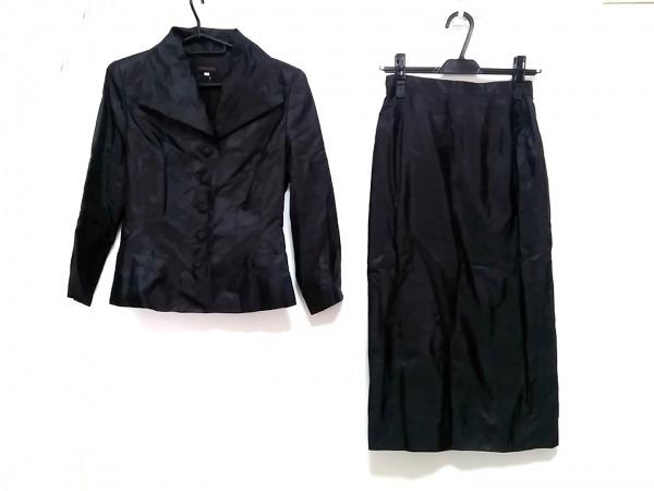 YOSHIE INABA(ヨシエイナバ) スカートスーツ サイズ9 M レディース 黒