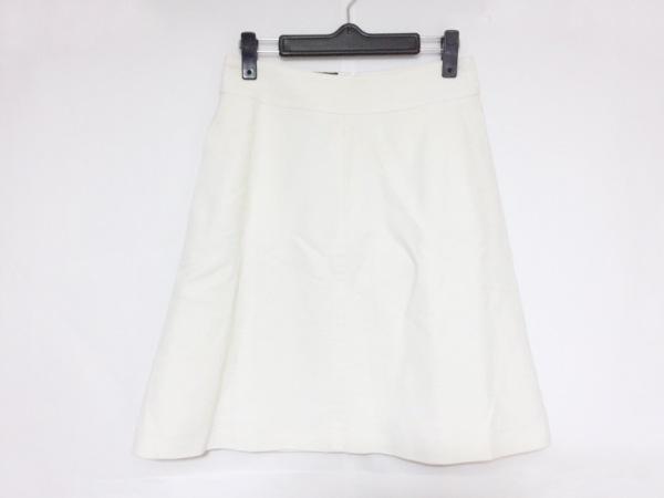 Kiton(キートン) ミニスカート サイズ40 M レディース 白