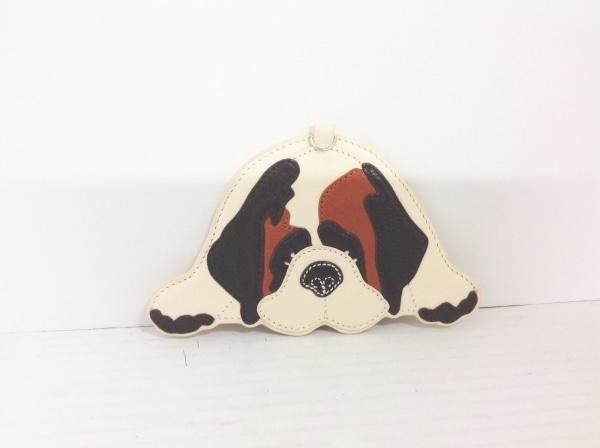 KITAMURA(キタムラ) パスケース アイボリー×ブラウン×ダークブラウン 犬 レザー