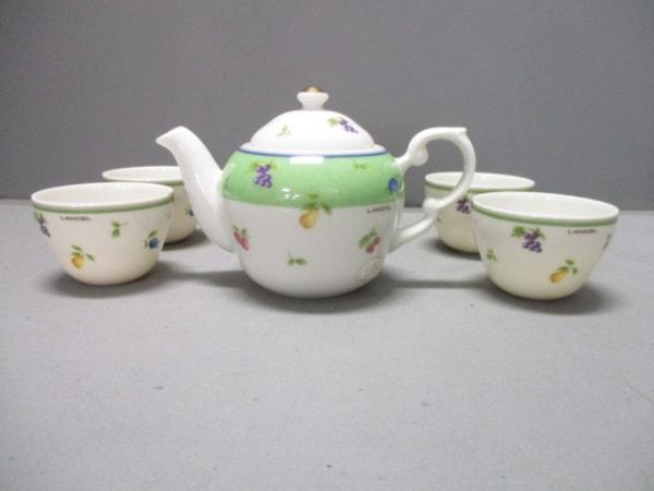 ランセル 食器新品同様  白×グリーン×マルチ ティーポット×1、カップ×5 陶器