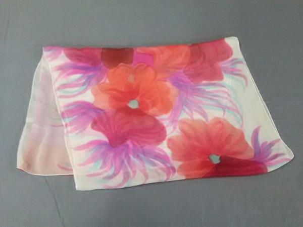 WAKO(ワコー) スカーフ レッド×マルチ 花柄/シルク