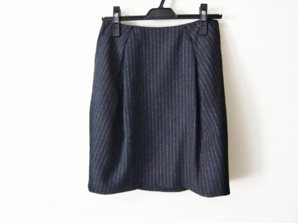 ニジュウサンク ミニスカート サイズ38 M レディース美品  黒×アイボリー ストライプ
