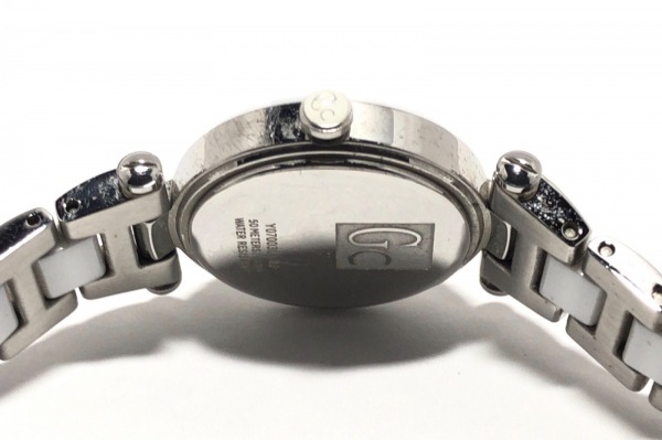 Gc(ジーシー) 腕時計 Y07003L1/02 レディース 白