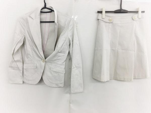 CrystalSylph(クリスタルシルフ) スカートスーツ サイズ33 レディース美品  ベージュ