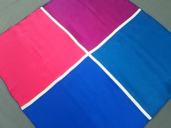 HERMES(エルメス) スカーフ カレ ブルー×マルチ