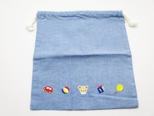 familiar(ファミリア) ポーチ新品同様  ブルー 巾着袋 コットン