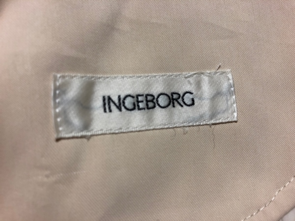 INGEBORG(インゲボルグ) コート レディース美品  アイボリー
