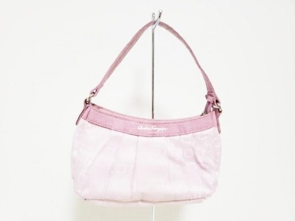 サルバトーレフェラガモ パフューム ハンドバッグ ピンク
