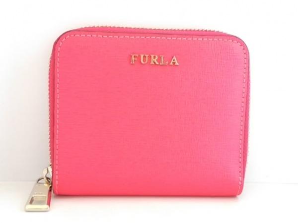 FURLA(フルラ) 2つ折り財布美品  レッドピンク ラウンドファスナー レザー