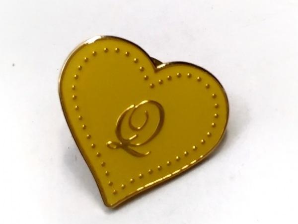 Q-pot.(キューポット) ネクタイピン美品  金属素材 イエロー×ゴールド ハート
