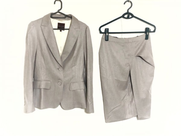 Filo di Seta(フィロディセタ) スカートスーツ サイズ40 M レディース新品同様