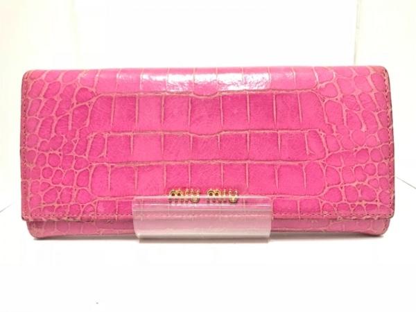 miumiu(ミュウミュウ) 長財布 - ピンク 型押し加工 エナメル(レザー)