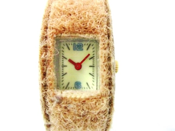 ZUCCA(ズッカ) 腕時計 確認できず レディース アイボリー
