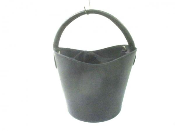 PELLETTERIA VENETA(ペレッテリア ベネタ) ハンドバッグ美品  黒 巾着型 レザー