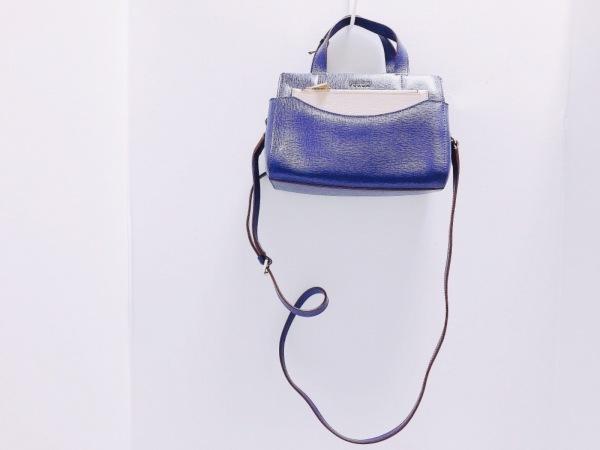 FURLA(フルラ) ハンドバッグ新品同様  ネイビー レザー