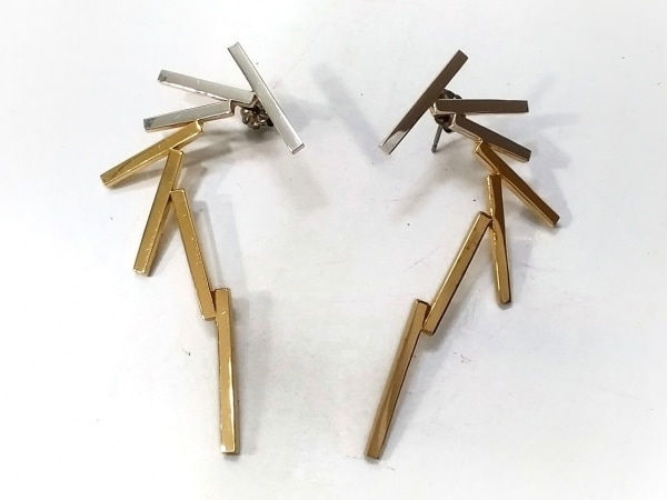 JOUETE(ジュエッテ) ピアス 金属素材 ゴールド×シルバー