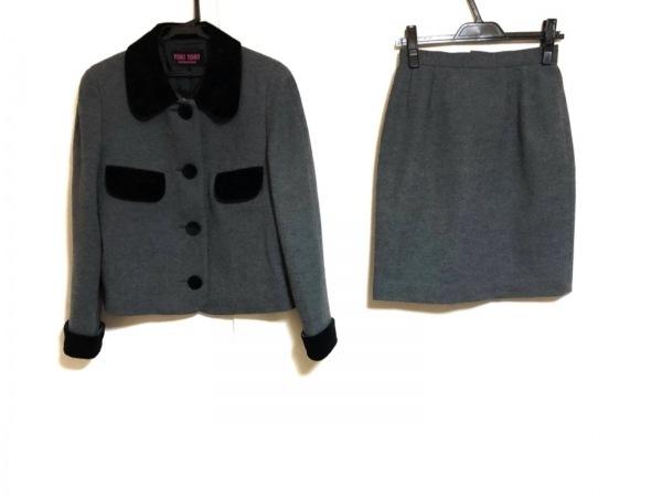YUKITORII(ユキトリイ) スカートスーツ サイズ9 M レディース美品  ダークグレー×黒