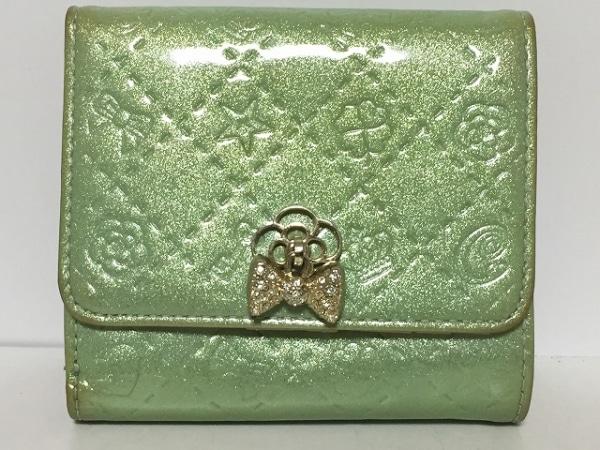 CLATHAS(クレイサス) 3つ折り財布 ライトグリーン 型押し加工 エナメル(合皮)