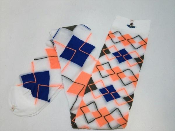 ヴィヴィアンウエストウッド 小物新品同様  白×ブルー×オレンジ 靴下 化学繊維