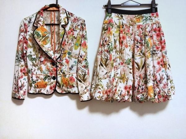 レジィーナロマンティコ スカートスーツ サイズ38 M レディース美品