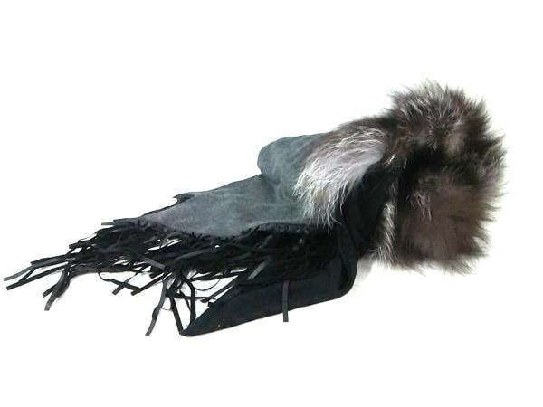 DOROA(ドロア) マフラー美品  黒×グレー×ダークブラウン