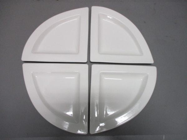 Villeroy&Boch(ビレロイ&ボッホ) プレート新品同様  アイボリー プレート×4 陶器