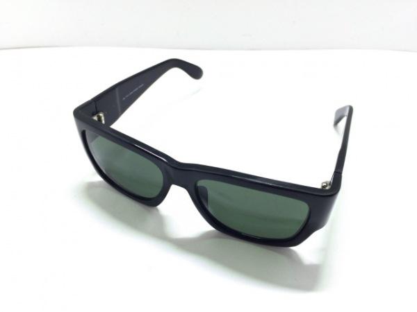 Ray-Ban(レイバン) サングラス WAYFARER W0946 ダークグリーン×黒 プラスチック