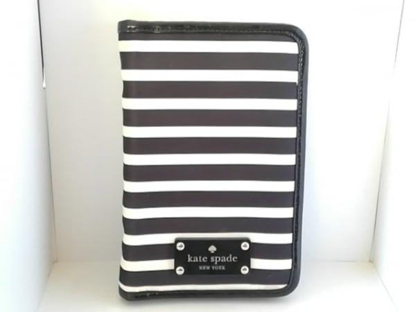 ケイトスペード 手帳 黒×白 ラウンドファスナー/ボーダー/母子手帳ケース ナイロン