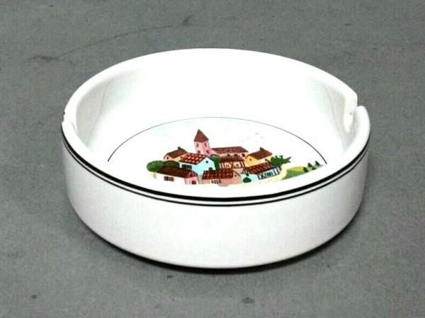 Villeroy&Boch(ビレロイ&ボッホ) 小物美品  白×グリーン×マルチ 灰皿 陶器