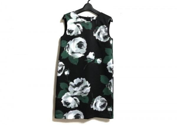 ストロベリーフィールズ ワンピース レディース美品  黒×グリーン×マルチ 花柄
