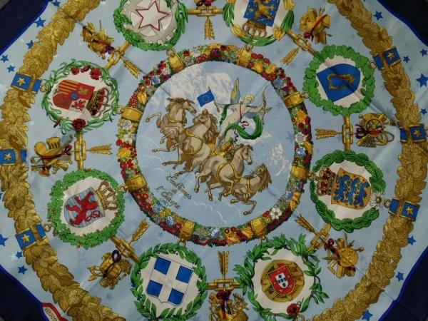 エルメス スカーフ カレ ライトブルー×ダークネイビー×マルチ Emblemes de L`Europe