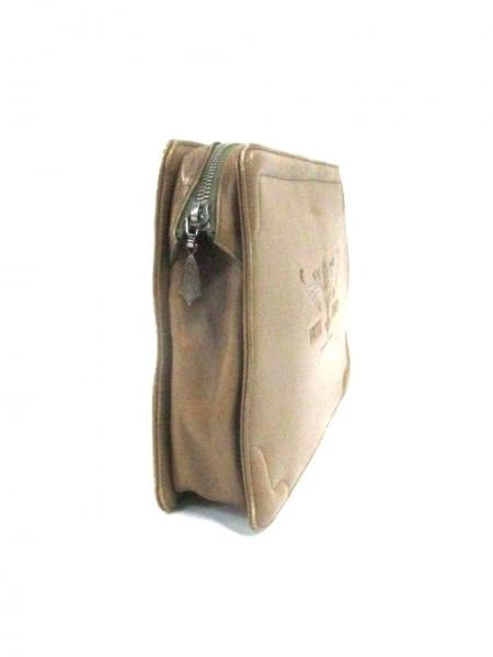 ヨシユキコニシ セカンドバッグ ライトブラウン 型押し加工 レザー