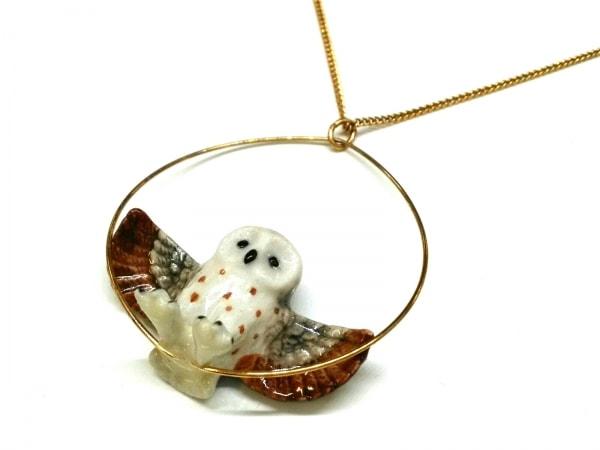 nach(ナッシュ) ネックレス 金属素材×陶器 ゴールド×白×マルチ フクロウ