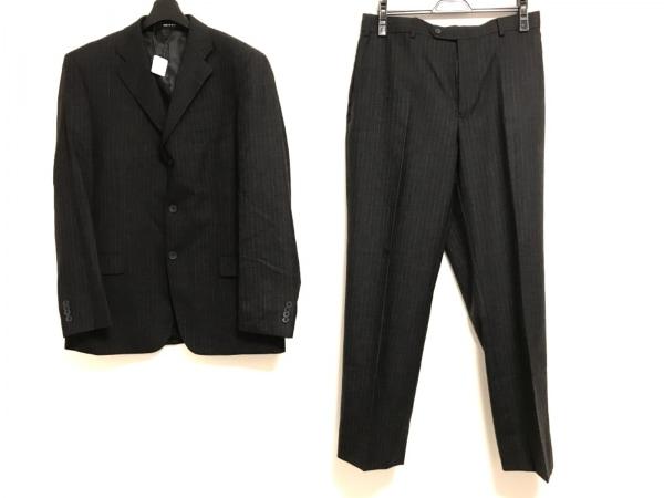 ゼニア シングルスーツ メンズ美品  チャコールグレー×ライトグレー ストライプ