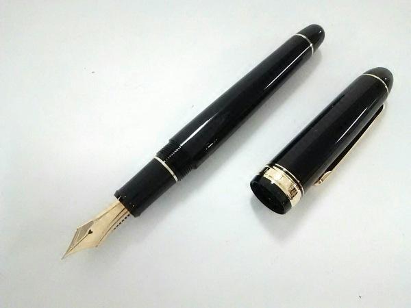 プラチナ 万年筆美品  黒×ゴールド インクなし/ペン先14K プラスチック×金属素材