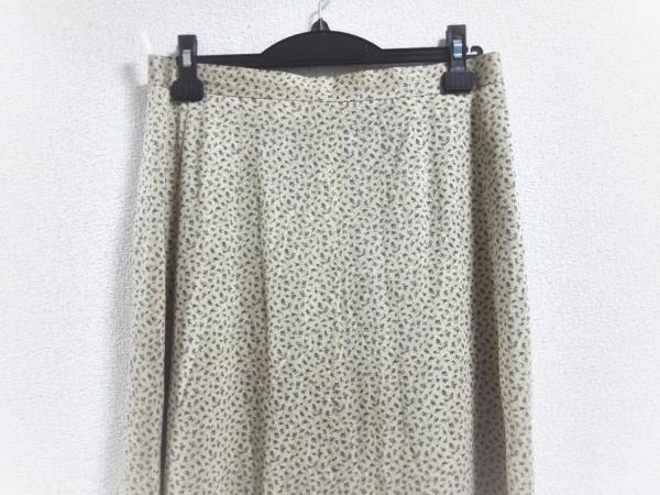 ROSSA(ロッサ) スカート サイズ44 L レディース美品  ベージュ×パープル 花柄