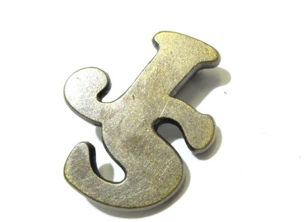 JILL STUART(ジルスチュアート) ブローチ 金属素材 ブロンズ JSロゴ