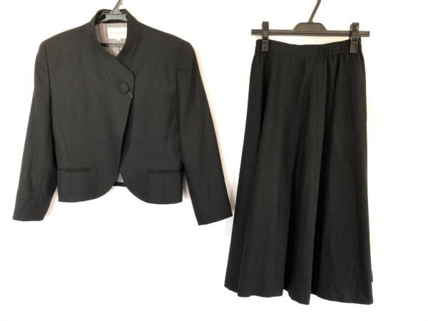 cacharel(キャシャレル) スカートスーツ レディース美品  黒 肩パッド