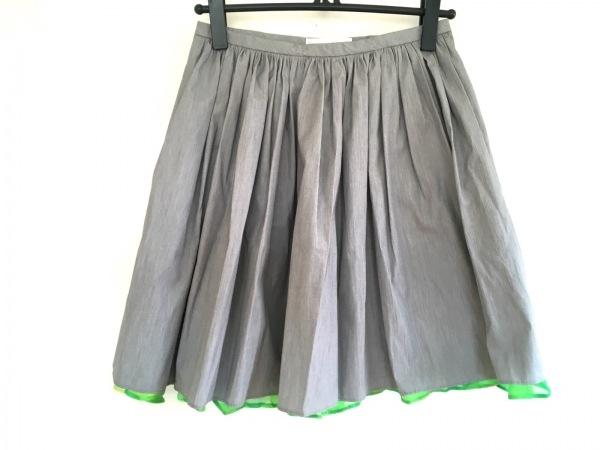 petite robe noire(プティローブノアー) スカート レディース新品同様  グレー