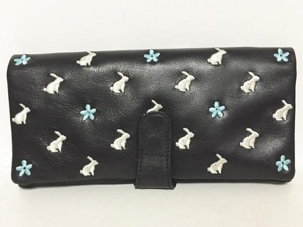 エッセンスオブポイズン 長財布美品  黒×白×ライトブルー 刺繍/うさぎ/フラワー
