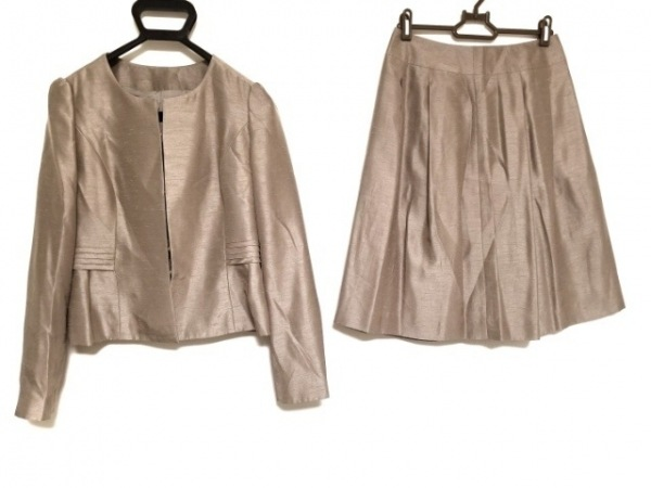 MANOUQUA(マヌーカ) スカートスーツ サイズ38 M レディース グレー