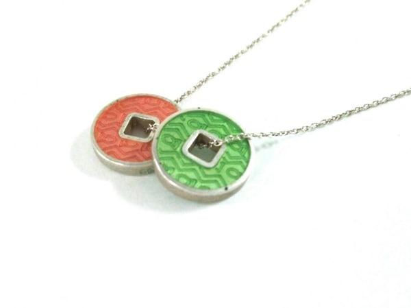 Clioblue(クリオブルー) ネックレス美品  シルバー オレンジ×ライトグリーン