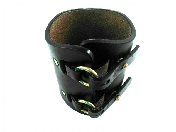 FUMIKA UCHIDA(フミカウチダ) バングル レザー×金属素材 黒×ゴールド