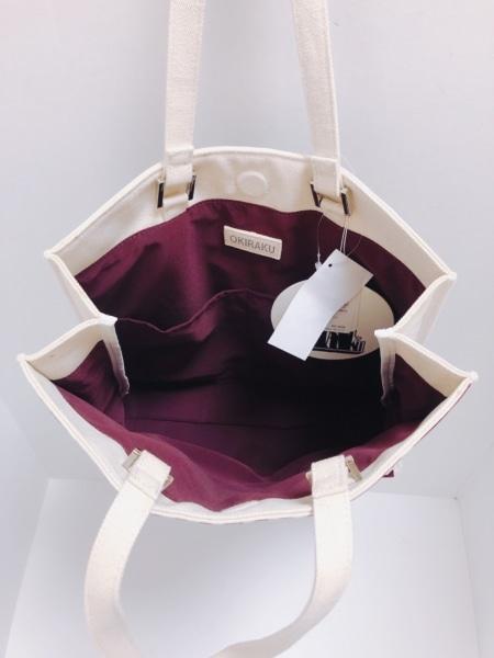 OKIRAKU(オキラク) トートバッグ美品  アイボリー×ボルドー チェック柄 キャンバス