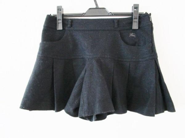 バーバリーブルーレーベル ショートパンツ サイズ38 M レディース 黒