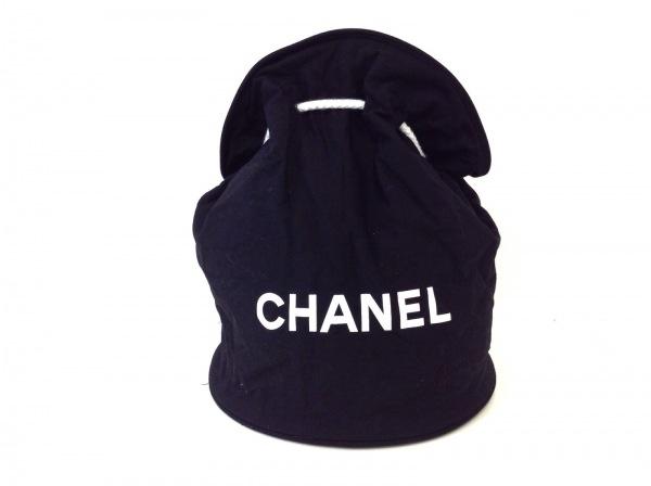CHANEL(シャネル) ワンショルダーバッグ美品  - 黒×白 ノベルティ/巾着型 キャンバス